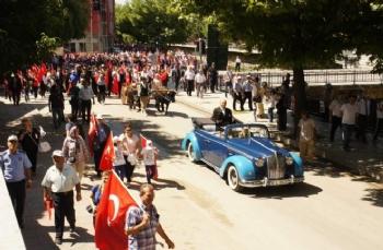 Atatürk'ün Kastamonu'ya gelişi ve Şapka ve Kıyafet İnkılabı